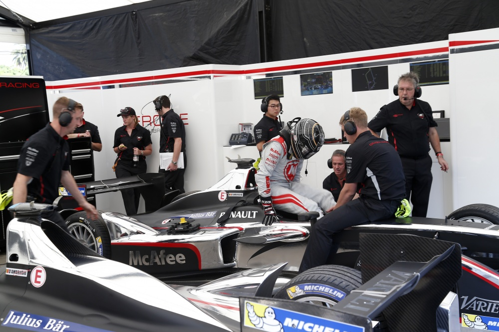 Photo Formel E 2017 Buenosaires Pitstop Ambrosio