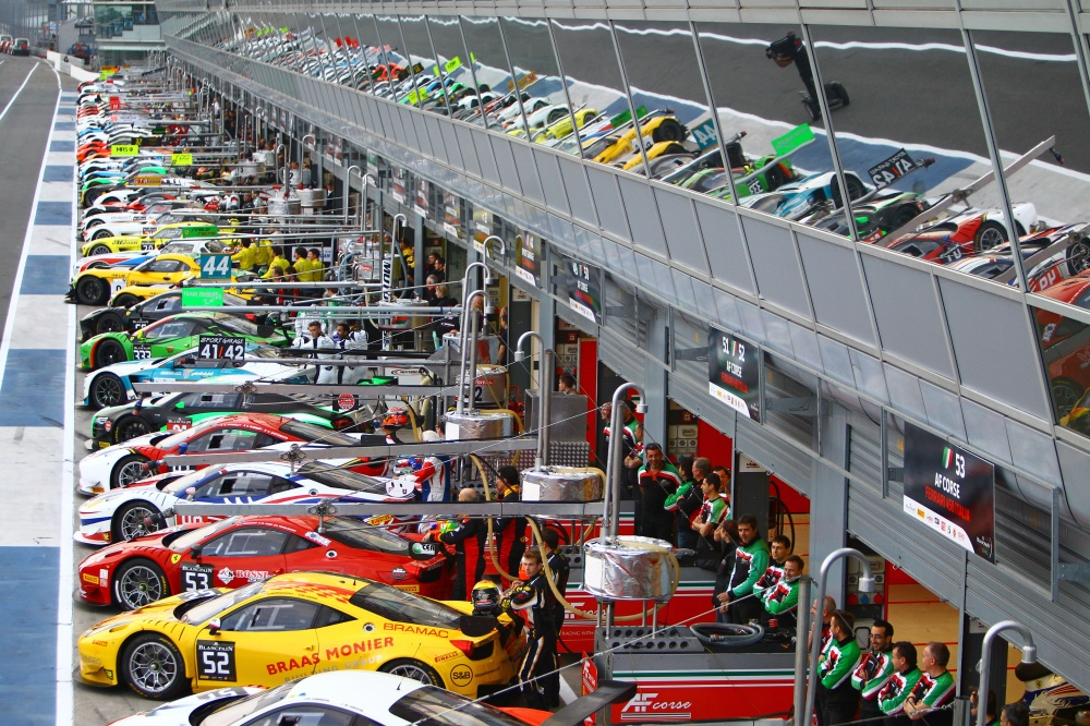 Photo: Blancpain Endurance, 2015, Monza, Pitlane