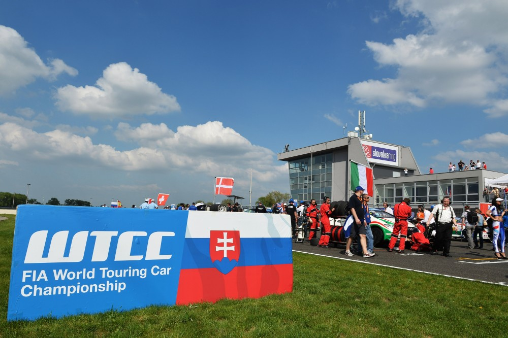 Photo: WTCC, 2013, Slovakiaring
