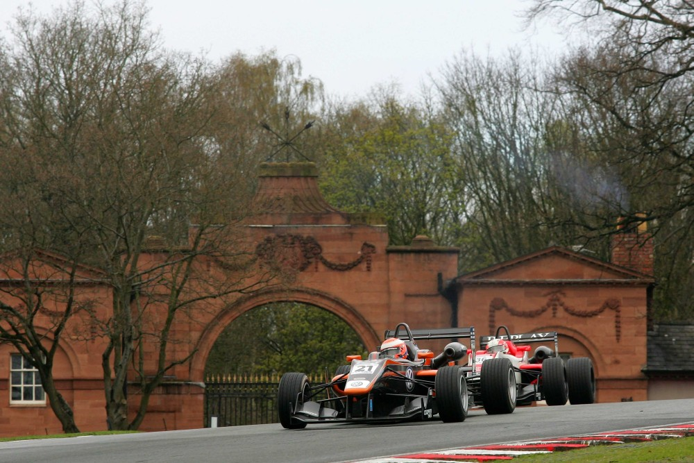 Photo: British F3, Oulton Park
