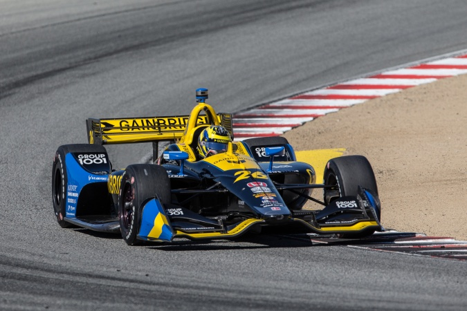Photo: Zach Veach - Andretti Autosport - Dallara DW12 - Honda