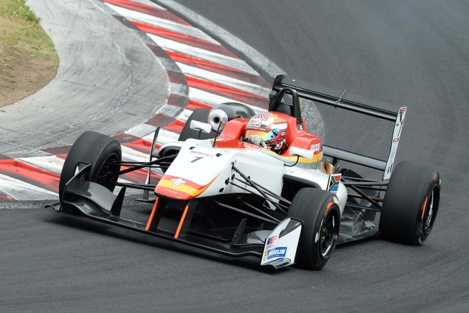 Photo: Raoul Hyman - Campos Racing - Dallara F312 - Toyota