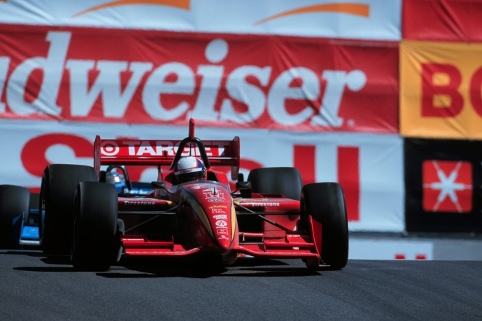 Photo: Juan Pablo Montoya - Chip Ganassi Racing - Reynard 99i - Honda