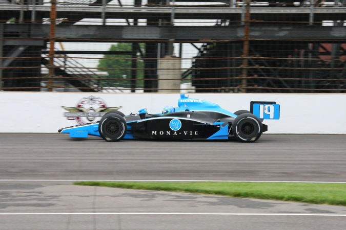 Photo: Tomas Scheckter - Dale Coyne Racing - Dallara IR-05 - Honda