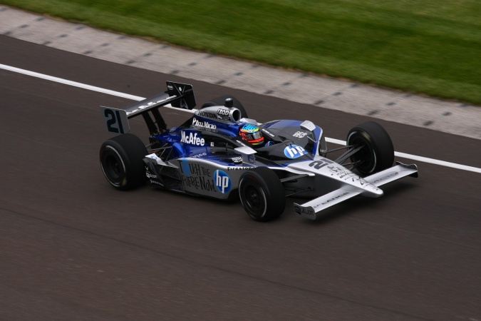 Photo: Davey Hamilton - de Ferran Dragon Racing - Dallara IR-05 - Honda