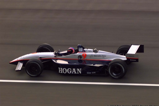 Photo: Robby Gordon - Hogan Racing - Reynard 97i - Mercedes