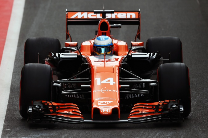Photo: Fernando Alonso - McLaren - McLaren MCL32 - Honda