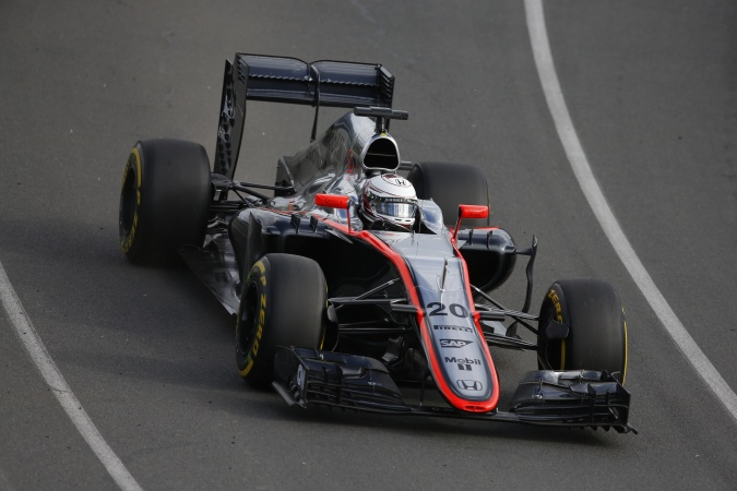 Photo: Kevin Magnussen - McLaren - McLaren MP4-30 - Honda