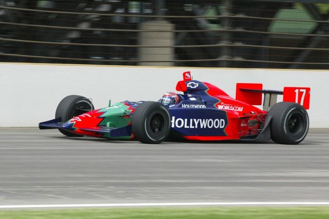 Photo: Tony Kanaan - Mo Nunn Racing - G-Force GF05 - Chevrolet