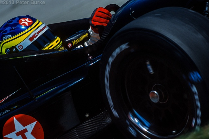 Photo: Christiano da Matta - Newman/Haas Racing - Lola B01/00 - Toyota