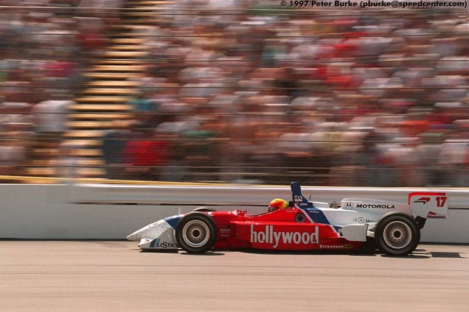 Photo: Mauricio Gugelmin - PacWest Racing - Reynard 97i - Mercedes