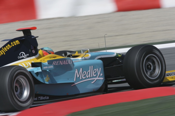 Photo: Alexandre Sarnes Negrao - Piquet Sports - Dallara GP2/05 - Renault