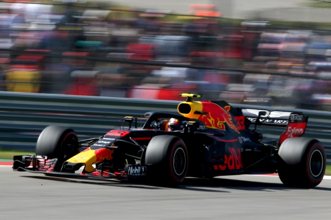 Photo: Max Verstappen - Red Bull Racing - Red Bull RB14 - TAG