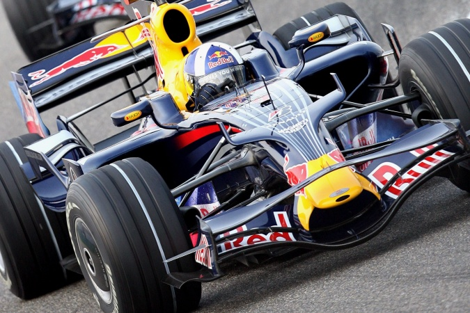 Photo: David Coulthard - Red Bull Racing - Red Bull RB4 - Renault