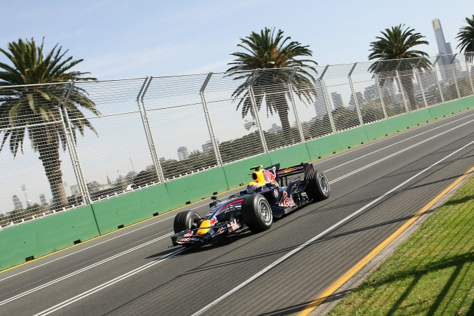 Photo: Mark Webber - Red Bull Racing - Red Bull RB4 - Renault
