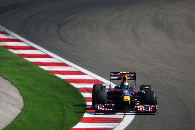 Photo: Sebastian Vettel - Red Bull Racing - Red Bull RB5 - Renault