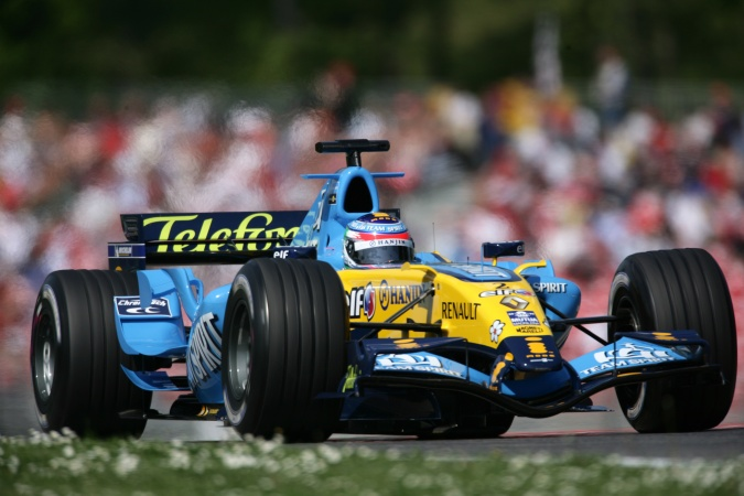 Photo: Giancarlo Fisichella - Renault F1 Team - Renault R26