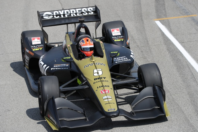 Photo: James Hinchcliffe - Schmidt Peterson Motorsports - Dallara DW12 - Honda
