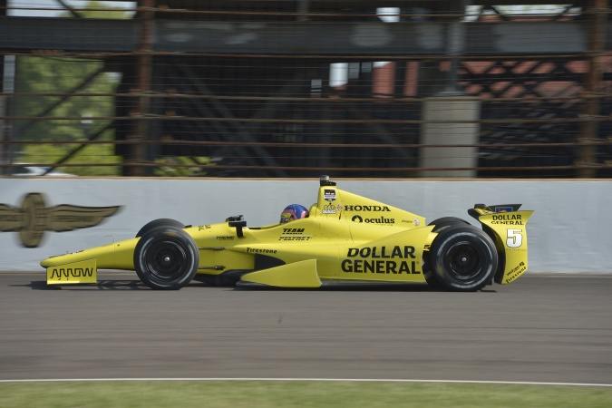 Photo: Jacques Villeneuve - Schmidt Peterson Motorsports - Dallara DW12 - Honda