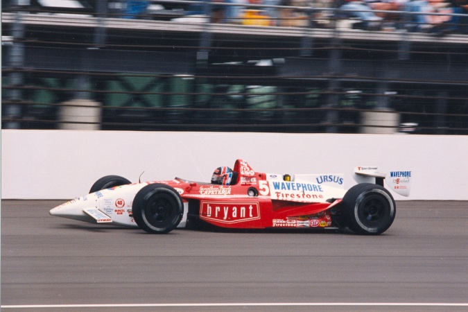 Photo: Arie Luyendyk - Treadway Racing - Reynard 95i - Ford