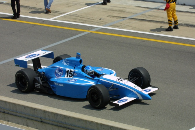 Photo: Sarah Fisher - Walker Racing - Dallara IR-01 - Oldsmobile