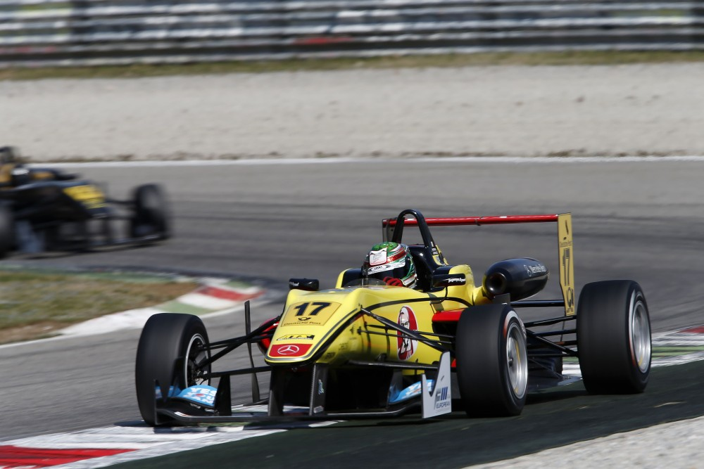 double-r-racing-dallara-f312-amg-mercede