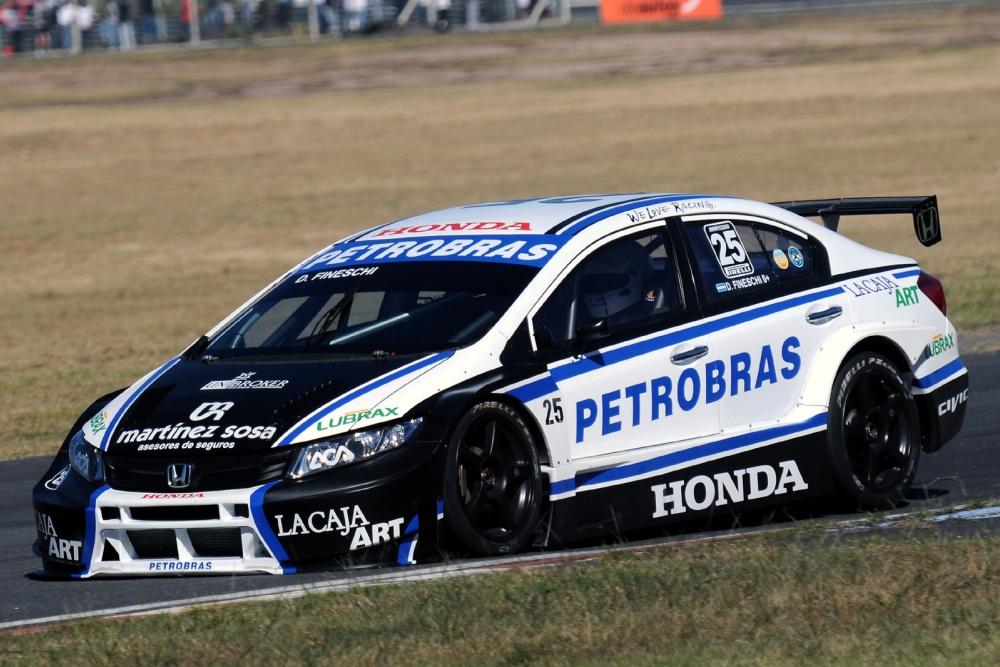 Damián Fineschi - Sport Team: Argentinian Super TC 2013