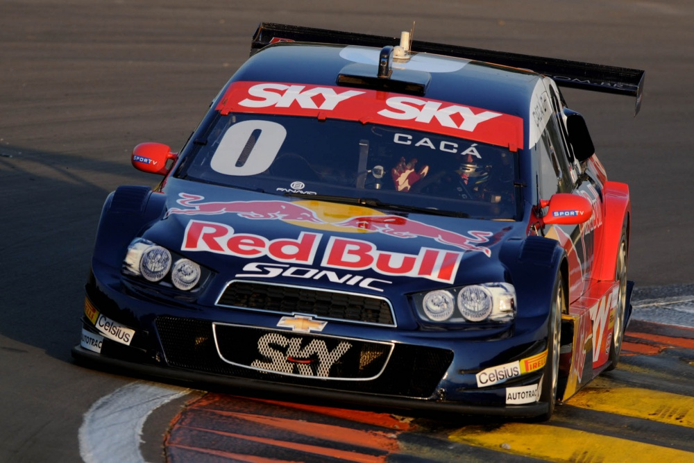 red-bull-racing-brasil-chevrolet-sonic-v