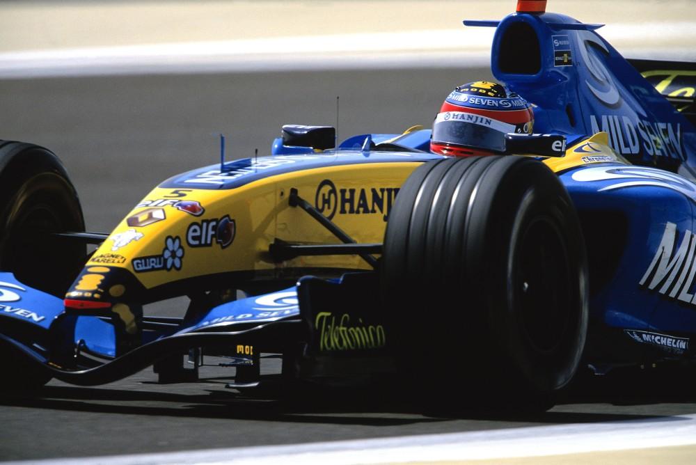 fernando alonso renault f1 team fia formula 1 world championship 2005 photo 5 11. Black Bedroom Furniture Sets. Home Design Ideas