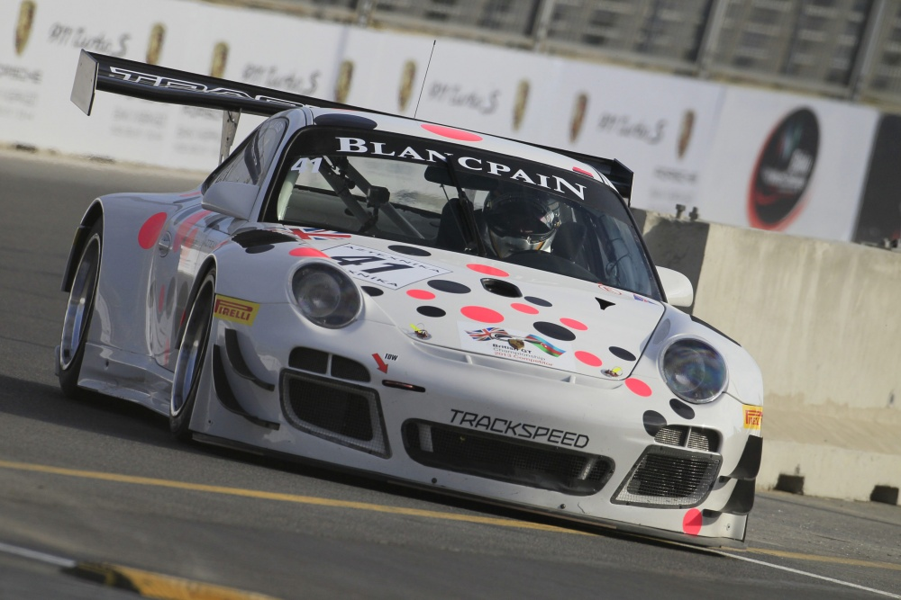 Marco Holzer - Tracksd Racing: FIA GT Series 2013 - Photo 46/105 on porsche 911 twin turbo, porsche 911 rally, porsche 911 girls, porsche 911 black edition, porsche 911 rs, porsche 911 carrera 4, porsche 911 gt2, porsche 911 cup car, porsche 911 vehicle, porsche cayman gt4, porsche 911 swimsuit, porsche 911 gt1, porsche rs spyder, porsche 911 race, porsche 996 gt3, porsche 911 replica, porsche 911 models, porsche 911 carrera rsr,
